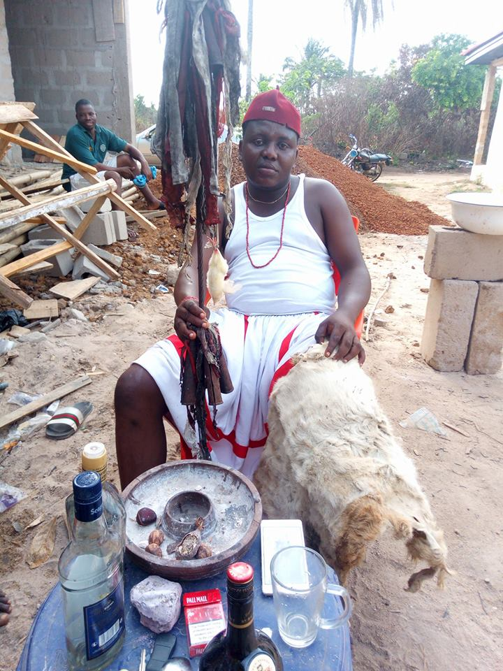 Native doctor tells lazy Nigerian youths to stop disturbing him for money rituals