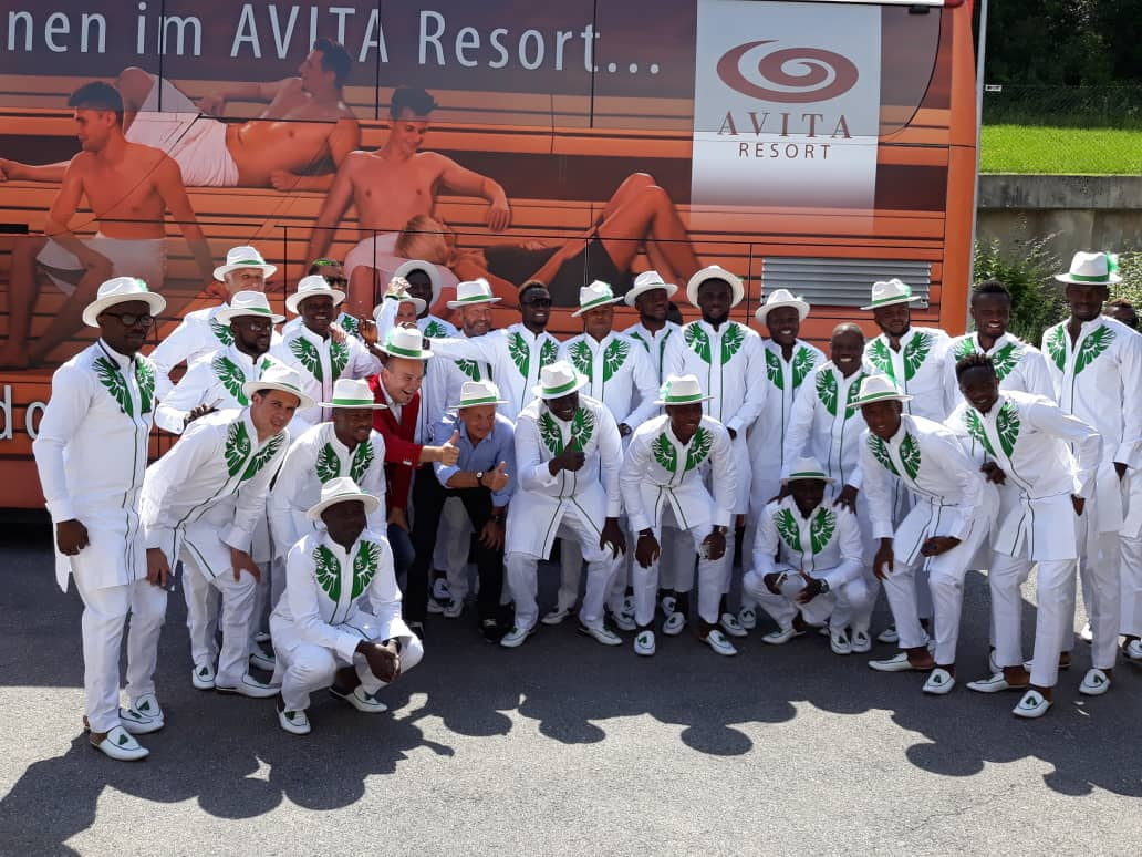 Photo of Super Eagles rock green and white native as they prepare to fly to Russia 2018