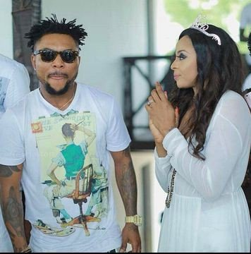 Photo of Oritsefemi's wife, Nabila Fash shades him for getting too much attention from girls