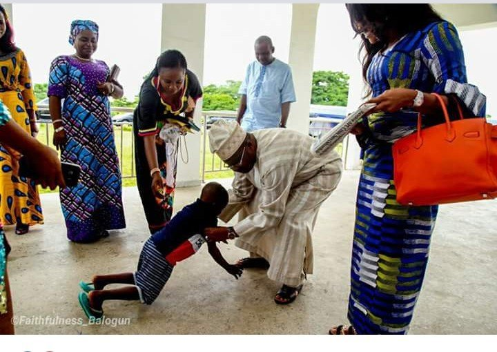 The moment Taju met with Oyo state governor and his wife (Photos)