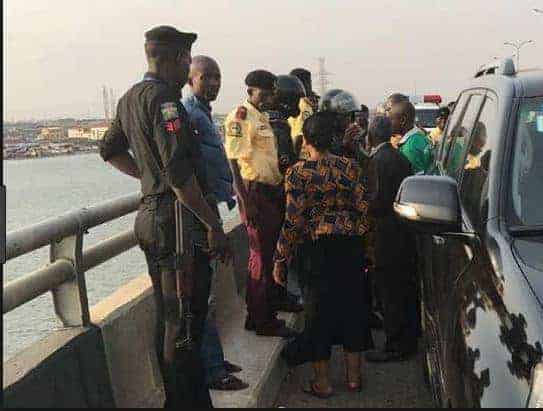 Photo of Woman commits suicide, plunges into the lagoon under the 3rd Mainland Bridge