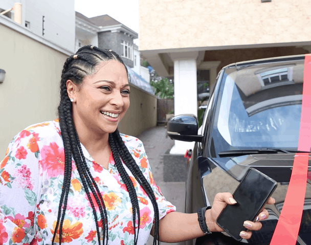 Lola Omotayo-Okoye felt when Mr P gave her a Range Rover