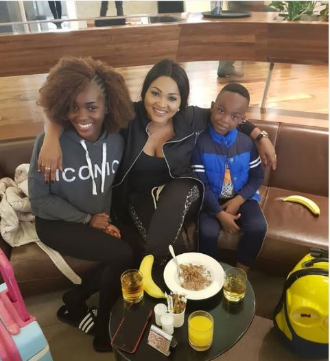Photo of Mercy Aigbe celebrates father's day with her kids, curses dead beat dads