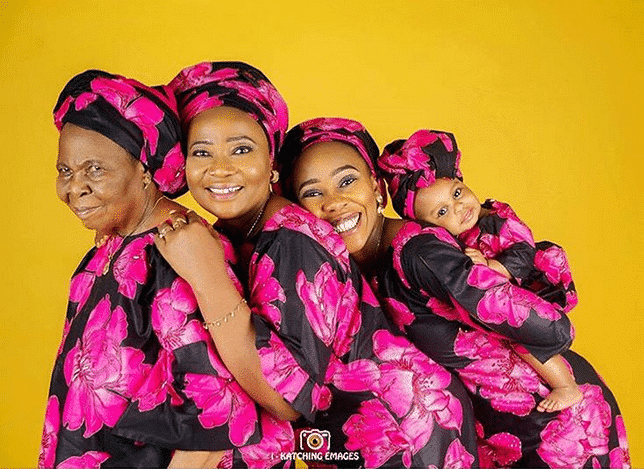 Photo of 20 Nigerian Women who have been blessed to see their daughter's daughter's daughter!