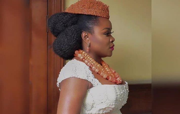 Photo of Omawumi says she is worse than a snub