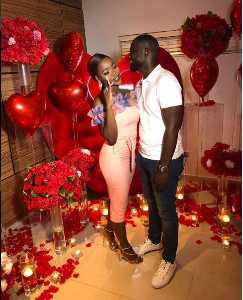Photo of Truck load of red roses as Tv host, Tomike Alayande gets engaged!