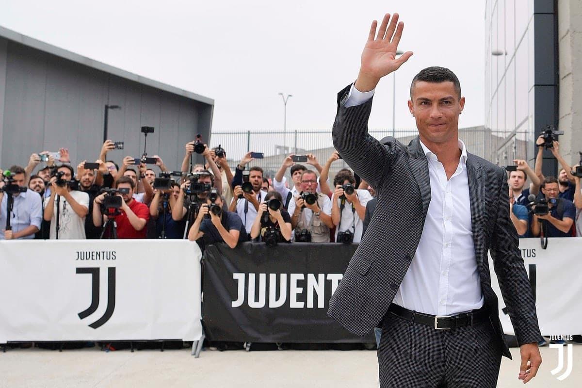 Ronaldo makes Juventus fans go gaga as he undergoes his medicals