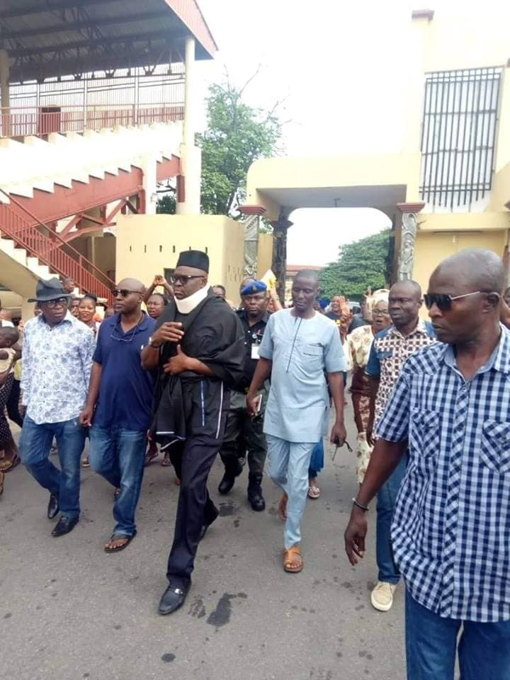 Residents go wild as Fayose makes first public appearance since Saturday's election