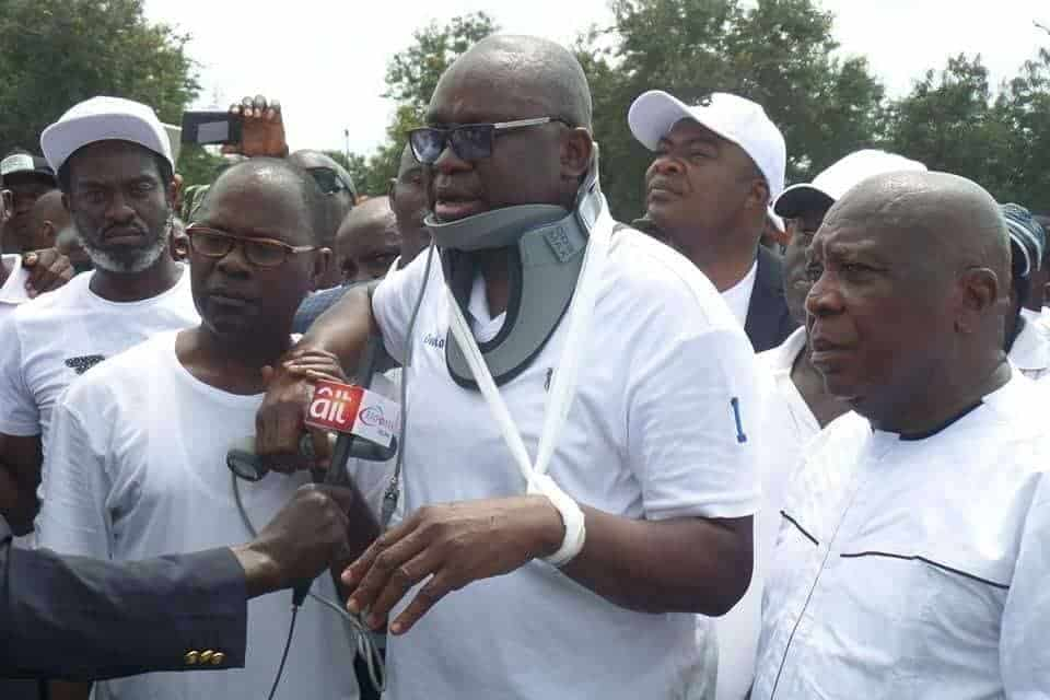 Photo of Fayose raises alarm over police helicopter flying over Ekiti government house