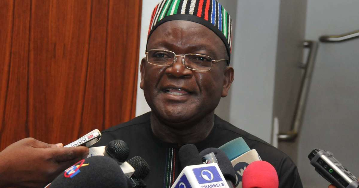 Samuel Ortom of Benue state announces his defection from APC to PDP