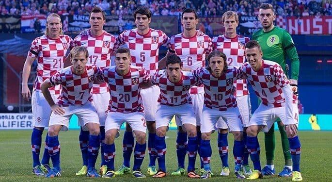 Photo of Croatia sacks coach Vukojevic ahead of semi final against England