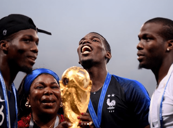 Photo of The moment Paul Pogba and his mother posed with the world cup trophy