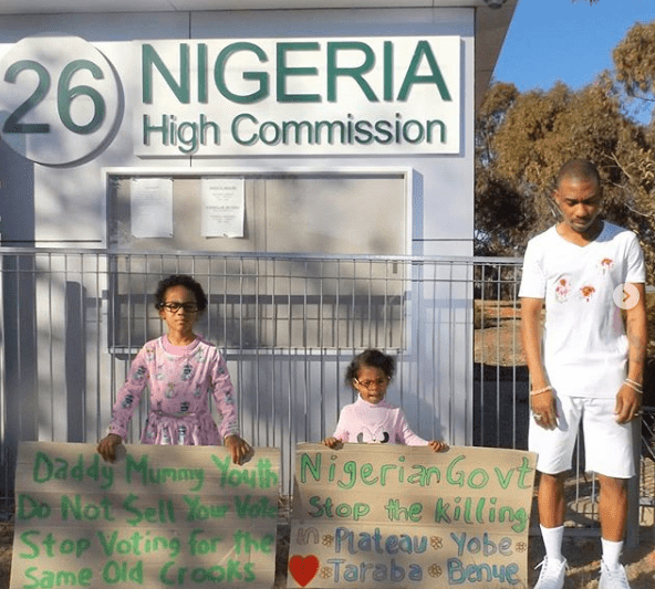 Killings: Nigerian man and his daughetrs protest alone in Australia