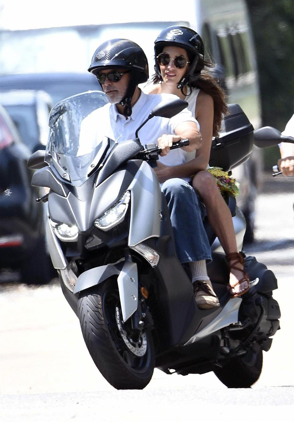 Photo of George Clooney involved in a road accident, gets knocked off his bike