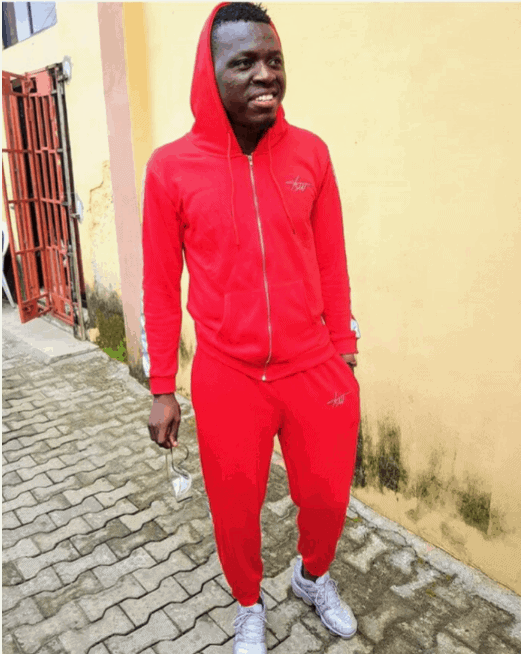 "Photo of ""I did not date my wife, we just got married"" – Akpororo"