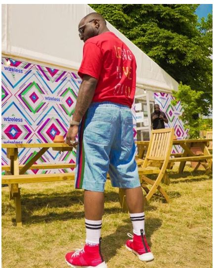 Photo of Davido pays Tribute to DJ Olu ahead of Wireless Festival Performance in London