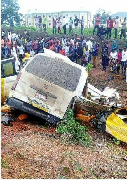 Photo of Photos from accident scene as car rams into Minister, Solomon Dalung's convoy