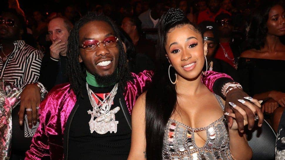 Photo of Offset begs Cardi B to take him back in emotional apology video