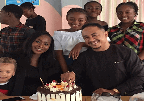 Photo of Daddy Freeze reveals how his baby mama brought him out of depression
