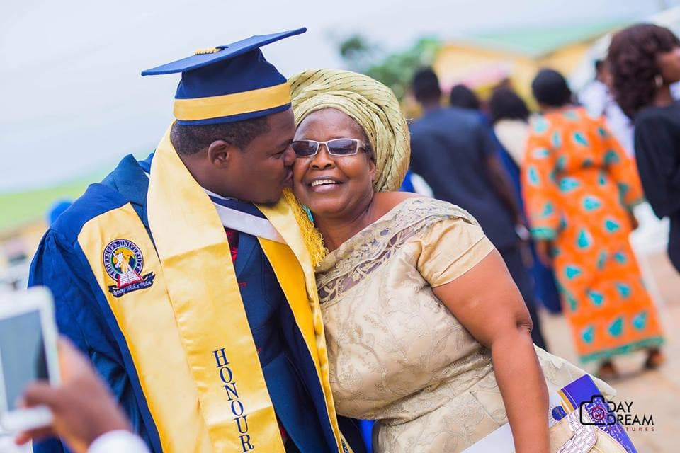 Photo of Expelled Redeemers' University student, Dayo Adedayo (Mr Macaroni) finally graduates (photos)