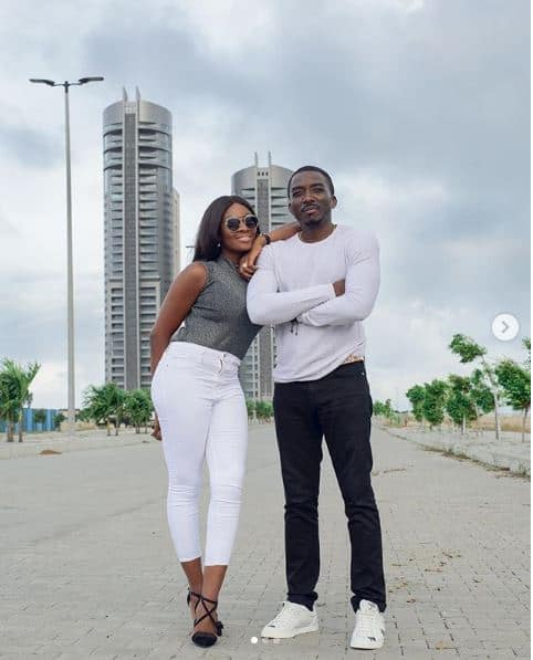 Photo of Bovi surprises wife with Benz for her 30th birthday