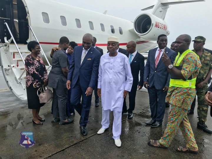 Bishop Oyedepo present as David Ibiyeomie dedicate his well-equipped school