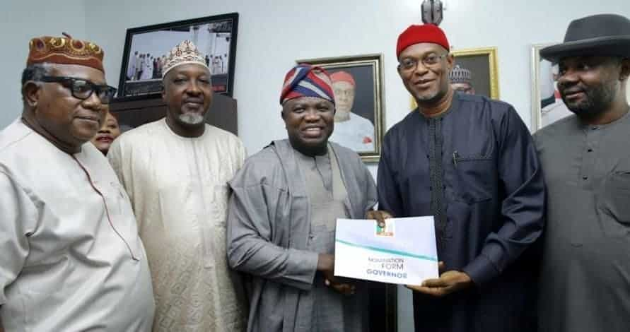 Photo of Ambode in trouble as Tinubu backs another candidate