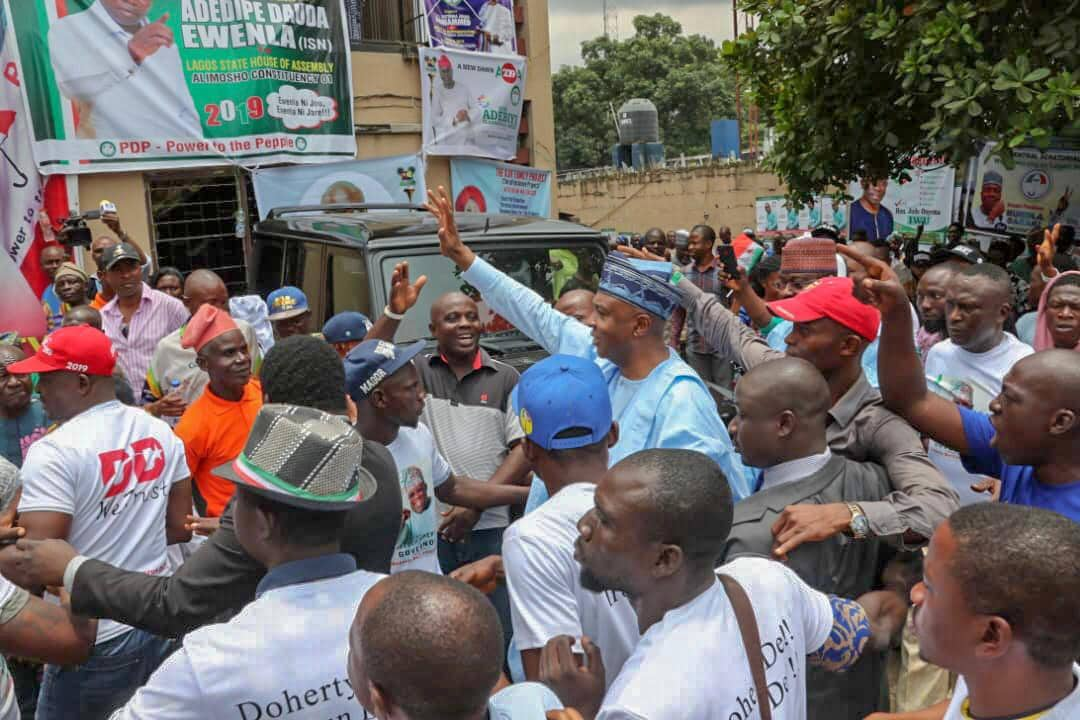 Photo of I'll teach you how to defeat Tinubu in Lagos – Saraki tells Lagos PDP