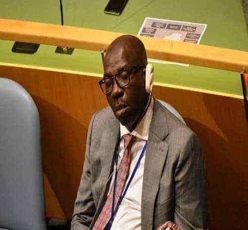 Photo of Edo state govt reacts to trending photos of Governor Obaseki sleeping