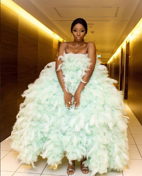"""Photo of """"Bambam must lay eggs this night"""", """"Imagine Bambam in a grill"""" 