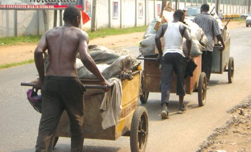 Photo of Cart pusher kills labourer over N200 in Lagos