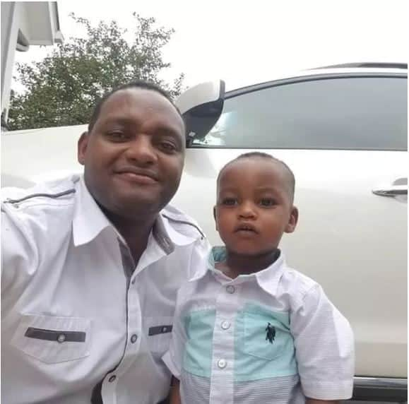 Photo of Man accidentally crushes his 18-months old son to death while reversing car