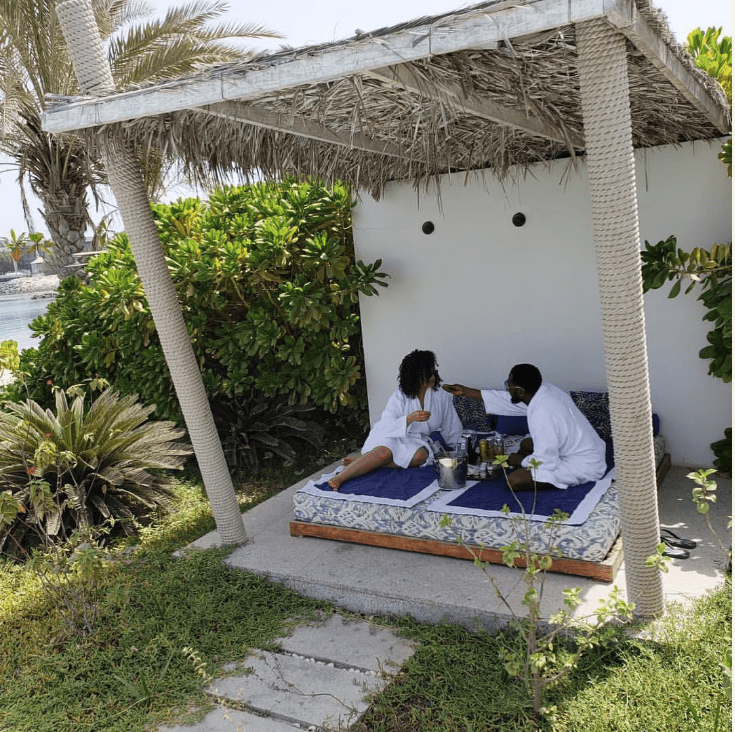 Photo of D'banj feeds his wife, Lineo Didi Kilgrow, as they continue Dubai 'baecation'