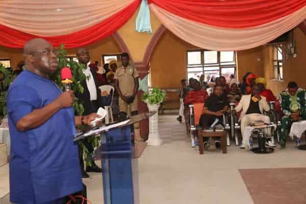 Photo of Pastors in deep prayer session for Abia state Governor to win 2nd term election (photos)