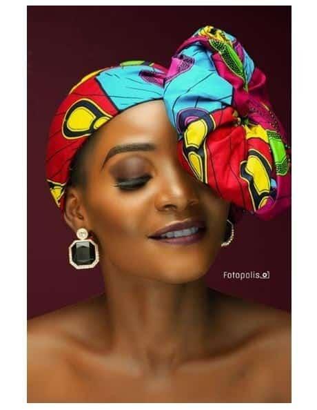 Photo of Meet Nigerian Lady who looks exactly like Singer, Simi