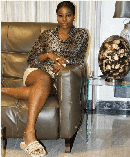 Photo of Sophia Momodu reacts as Davido denies taking her on vacation to Ghana