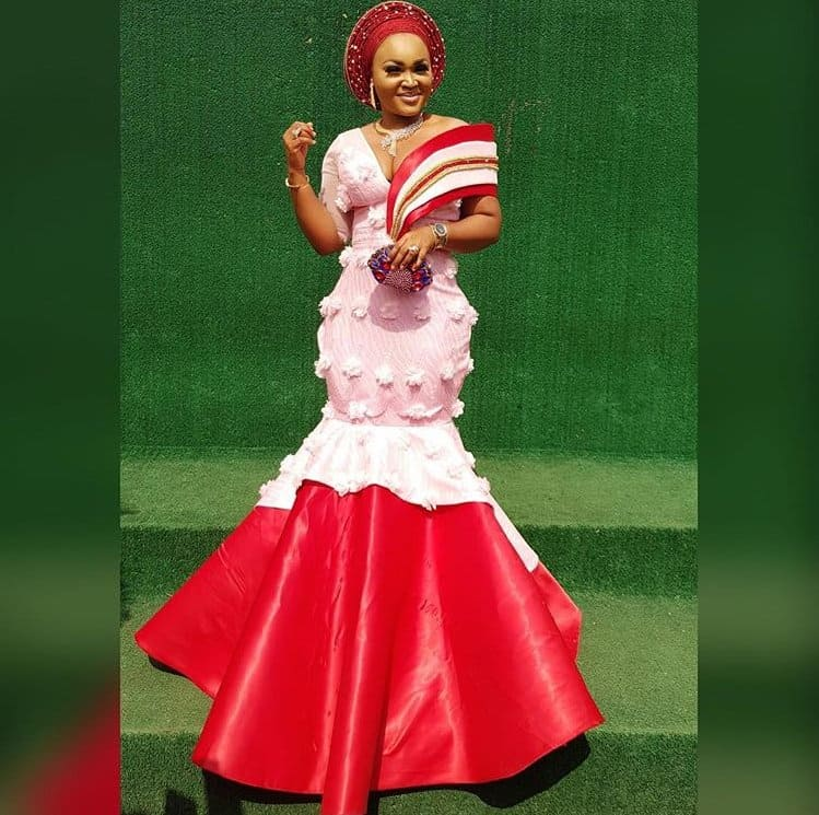 Photo of Mercy Aigbe, Tayo Sobola, others slay in aso ebi for #OBA2018
