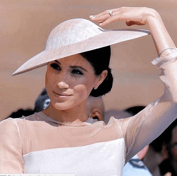 Photo of Meghan Markle shows off her adorable Baby Bump in Style (photos)