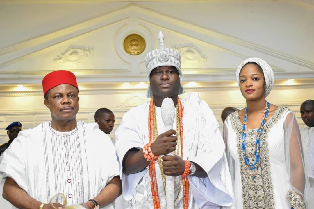 Photo of Anambra's Governor Obiano visits Ooni of Ife and wife, wishes them a successful marriage