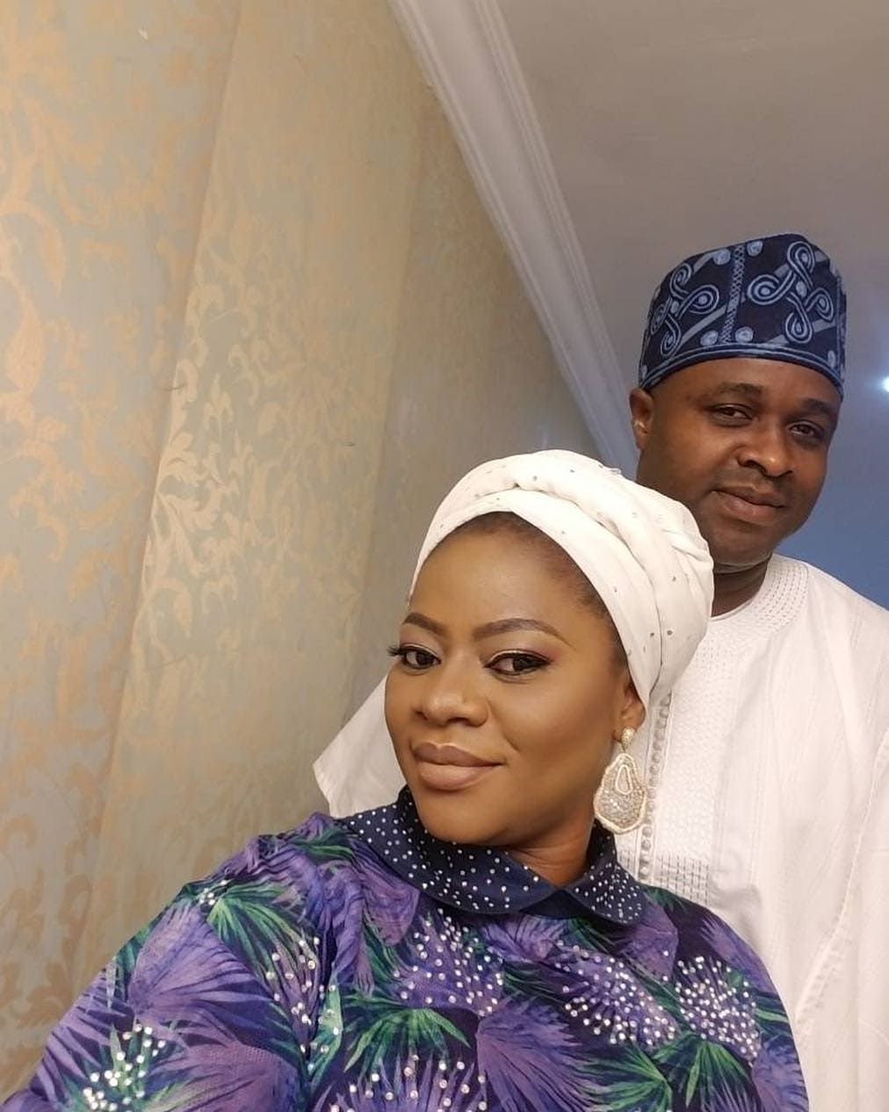 Photo of Actor Femi Adebayo celebrates 2nd wedding anniversary with 2nd wife