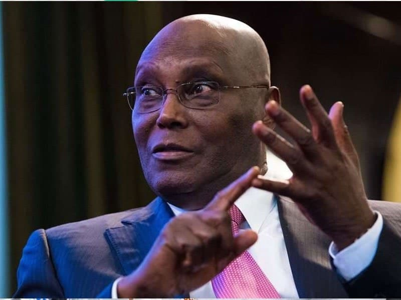 Photo of Buhari hasn't run any successful business in his life – Atiku
