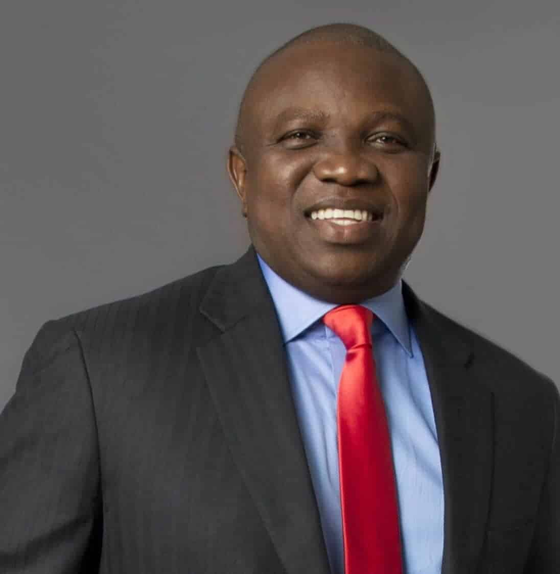 Photo of Ambode receives his APC party ID card to enable him vote in primaries