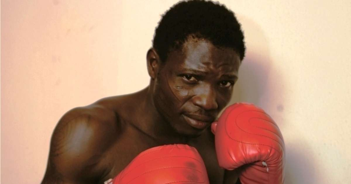Photo of Nigerian boxer, Olaide Fijabi to embark on sex strike ahead of title defense