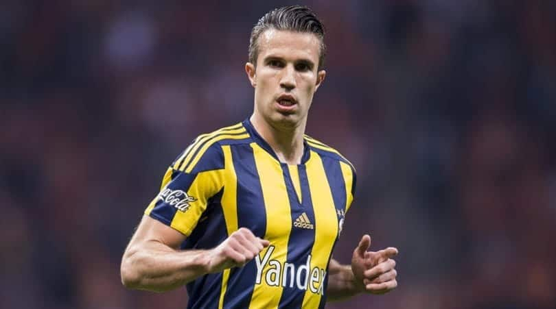 Photo of Van Persie set to announce date of retirement from football