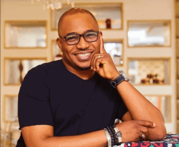 Photo of Comedian Tee A blasts fake Nigerian motivational speakers and life coaches