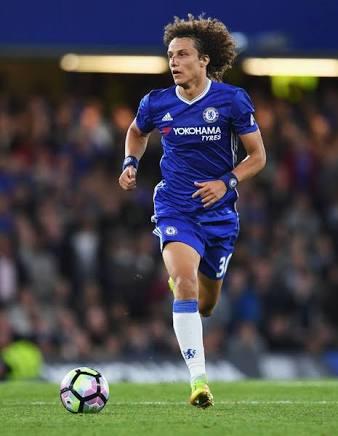 Photo of EPL: David Luiz enjoying life under Sarri