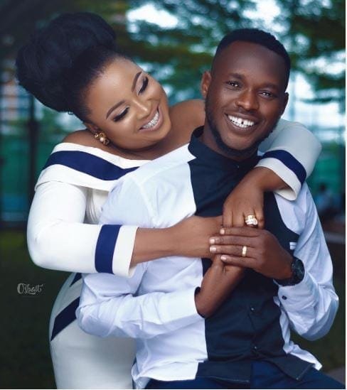 Photo of Film maker, Okiki Afolayan set to wed Actress Abimbola (photos)