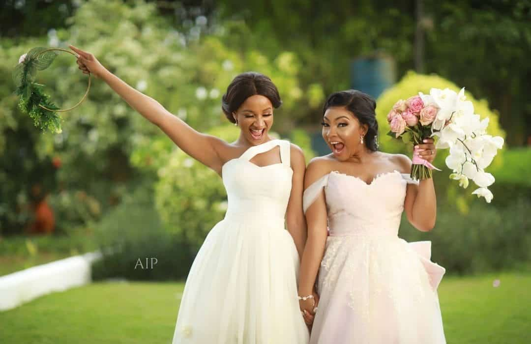 Photo of Adesua Etomi reveals why Linda Ejiofor wore a pink wedding gown