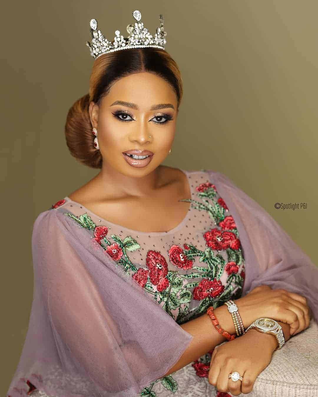 Photo of Alaafin of Oyo's Wife, Queen Ola  marks 29th birthday with beautiful photos