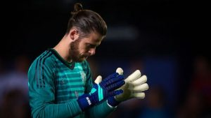 David De Gea signs new contract with Manchester United